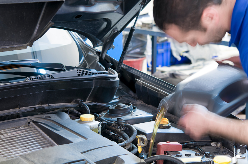 The Importance of Oil Change - Top 5 Reasons | Meineke Car Care