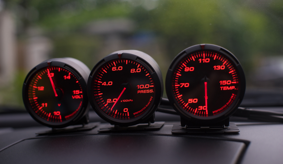 What Gauges Should I Put in My Car?